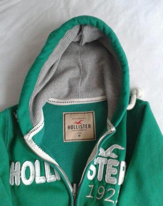 hollister1.JPG